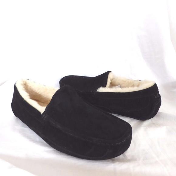 c03806b0654 ❤NEW UGG Ascot Black Slippers NIB NWT